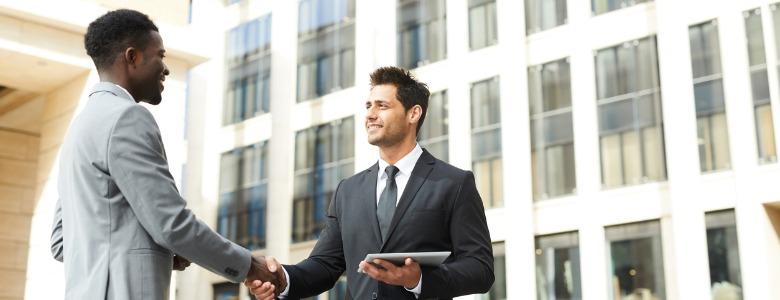 business-handshake-in-the-city