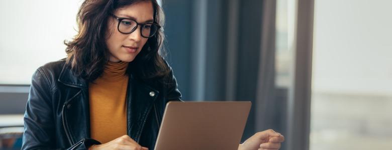 woman-working-laptop-in-office