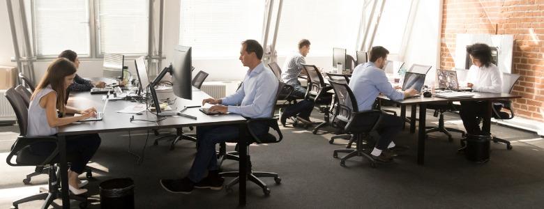 tech-company-employees-working-in-modern-office